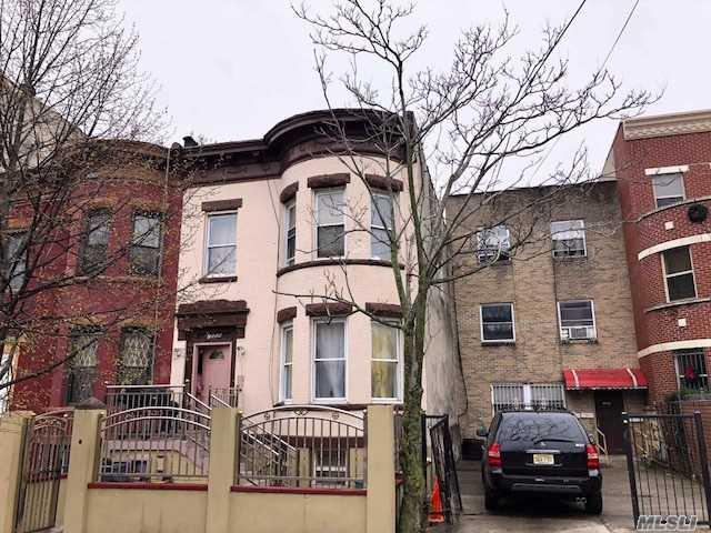 1556 Saint Marks Ave, Brooklyn, NY 11233
